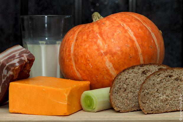 Сырный суп в тыкве